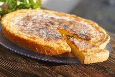 FLAÓ, el postre típico de Ibiza y Formentera, que tradicionalmente se elaboraba el Domingo de Pascua y que en la actualidad se puede encontrar durante todo el año en restaurantes y pastelerías. Aunque sus orígenes se remontan a la Edad Media, la receta del Flaó ha sido conservada por los payes…