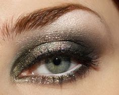 love this eyeshadow color..