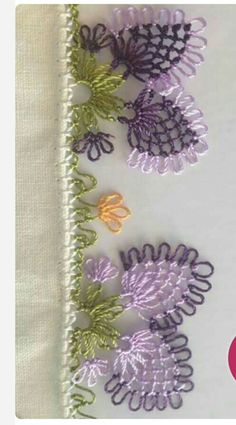 This Pin was discovered by Ays Needle Lace, Bobbin Lace, Hobbies And Crafts, Diy And Crafts, Needle Tatting Tutorial, Knitted Baby Clothes, Diy Scarf, Lace Making, Bargello