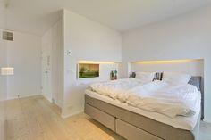 Ambilighting in bedroom