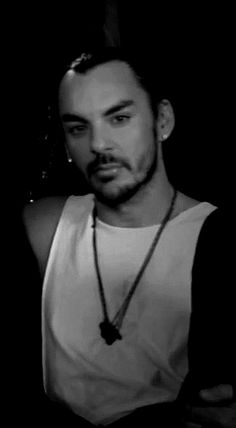 Dark and mysterious shannon leto