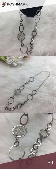 Fashion Necklace Only worn a couple times. Perfect with a blazer or dress. Free with any purchase over $30 just request it! Jewelry Necklaces