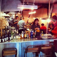 Eug ne eug ne puteaux restaurants paris address book for Restaurant abri paris