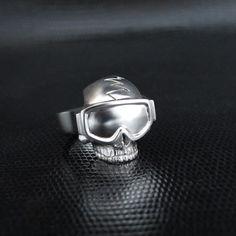 """Ring of an hardrocker Gothic surfer:)  Skull ring """"ski mask"""" - St Jewellers"""