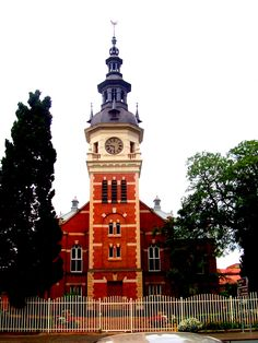 Dutch Reformed Church across the street from the Kruger Museum - Pretoria, South africa Church Pictures, Port Elizabeth, Church Architecture, Church Building, Pretoria, Freemasonry, Beaches In The World, Most Beautiful Beaches, Mosques