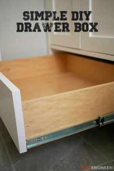 Simple Drawer Box This DIY tutorial will show you how to build a quick and easy yet strong and beautiful drawer box that can be used in any cabinet or piece of furniture. How To Make Drawers, Diy Drawers, Cabinet Drawers, Wood Drawers, Woodworking Furniture, Diy Woodworking, Furniture Plans, Diy Furniture, Building Furniture