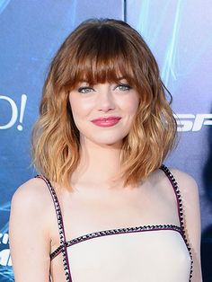 Emma Stone's amazing month of beauty looks: Not even her glossy berry lips could distract from her brand new lob, bangs, and lightened ends Hairstyles With Bangs, Haircuts For Wavy Hair, Fringe Hairstyles, Short Haircuts, Lob Bangs, Wavy Bangs, Short Hair With Bangs, Short Hair Styles, Full Bangs