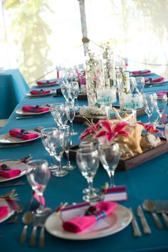 Fresh Pink and Turquoise Wedding Colors