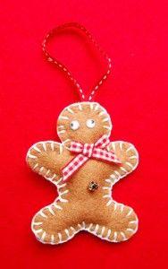 Making Felt Christmas Decorations - Part Two