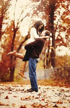fall engagement pictures <3 if only he could pick me up lol