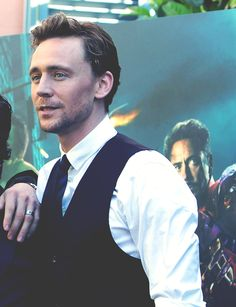 Oh but he looks so good here... Tom Hiddleston