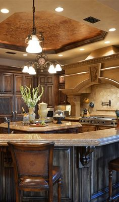 Find more ideas: Rustic Tuscany Kitchen Decor French Country Kitchen Cabinets Rustic Tuscan Kitchen Interior Design Rustic Tuscan Kitchen Pot Racks Ideas Rustic Tuscan Kitchen Beams French Country Kitchen Cabinets, Tuscan Kitchen, Interior Design Kitchen, Italian Kitchen Design, Tuscany Kitchen, Country Kitchen, Mediterranean Home Decor, Interior Design Rustic, French Country Kitchens