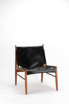 Franz Xaver Lutz; #1192 Oak and Leather 'Chimney' Chair for WK Verband, 1958.