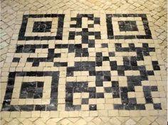 QR code realizzati con pietre antiche per promuovere il turismo