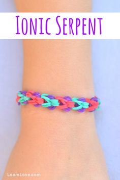 Want to learn how to make Rainbow Loom Bracelets? We've found many rainbow loom instructions and patterns! We love making bracelets, creating and finding helpful loom tutorials. Rainbow Loom Bracelets Easy, Loom Band Bracelets, Rainbow Loom Tutorials, Rainbow Loom Patterns, Rainbow Loom Creations, Rainbow Loom Bands, Rainbow Loom Charms, Rubber Band Bracelet, Macrame Bracelets