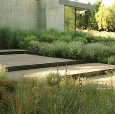 Garden by Lutsko associates, California.
