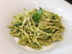 TROFIE AL PESTO LIGURIA, ITALIA, basilico, pesto, patate, Trofie fresche