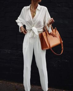 Weekend Outfit Ideas – Spring 2019 - - Weekend Outfit Ideas – Spring 2019 – Jackelyni Reis Source by girldrifter All White Outfit, White Outfits, Classy Outfits, Casual Outfits, Dress Casual, Fashionable Outfits, Grunge Outfits, Looks Chic, Looks Style