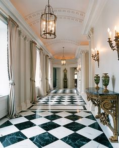 Upper East Side Penthouse ~ Mark Hampton - New Ideas House Design, Floor Design, Lobby Design, White Marble Floor, Luxury Homes, Modern Entryway, Modern Interior Design, Scandinavian Entryway, Home Interior Design