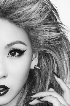 CL ❤❤ I just LOVE her! She is such a striking beauty!