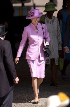 Princess Elizabeth, Princess Mary, Queen Elizabeth Ii, Princesa Anne, Royal Colors, Colours, Lady Ann, Queen Pictures, Lady Diana Spencer