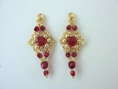 Free beading pattern for stunning red and gold earrings made from 11/0 seed beads, crystals and pearls.
