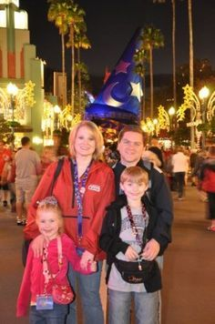 Disney World Tips. I like this post so much, she gave so many good tips for a family trip to Disney World, a MUST read!