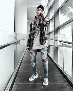 "1,739 Likes, 24 Comments - Outfitboy™ (@outfit_boy) on Instagram: ""Flannel Or Hoodie??? via @fitsonpoint #outfitboy @quagtran258  AdidasNeo Flannel MaverikOfficial…"""