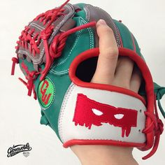 #Gloveworks x Trey - Red Bandanna.. Cool but rude.. Yes, it is Raphael. COWABUNGA!!! Get your super hero on your glove! Choose your color combination and add embroideries as you like. 10% OFF promotion is going on with promotion code HAPPYHOLIDAY. Order your glove by 16 Nov for guaranteed Christmas delivery.  #Baseball #Baseballglove #Customglove #MLB #NinjaTurtles #TeenageMutantNinjaTurtles