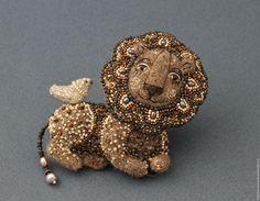 Купить войлочная брошь Лев,.войлок, сказочные существа.брошь лев - коричневый, сказочный персонаж