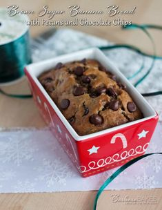 A banana bread spiced up with pumpkin pie spice and cinnamon, and loaded with crunchy toasted pecans and semi-sweet chocolate chips.