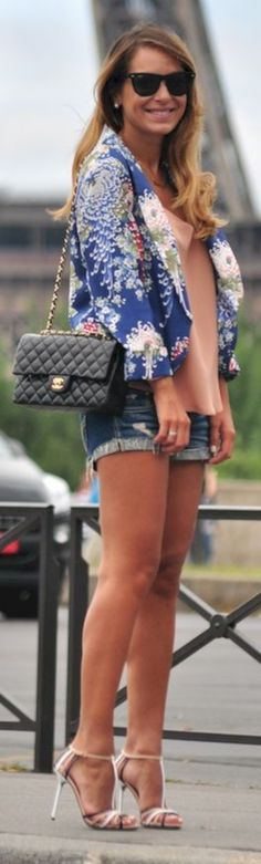 nice 42 Popular and Girly Summer Outfit Ideas https://attirepin.com/2018/02/05/42-popular-girly-summer-outfit-ideas/
