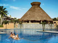 Il Viaggiatore Magazine - Piscina del Viva Wyndham Azteca, Messico