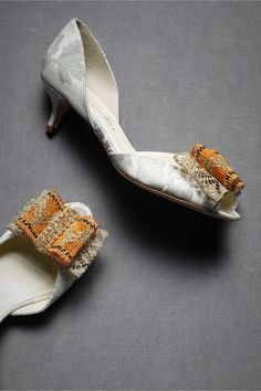 1000 images about fancy footwear on pinterest low ankle for Bogs classic mid le jardin