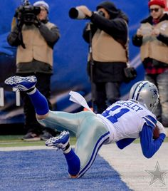 Cole Beasley (WR) Cowboys 4, Dallas Cowboys Football, Football Players, Movies Quotes, How Bout Them Cowboys, Tony Romo, Football Love, Football Conference, My Boys