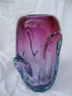 50s-60s-CZECH-ART-GLASS-PROPELLER-VASE-SKRDLOVICE-JAN-BERANEK-PINK-BLUE-GREEN