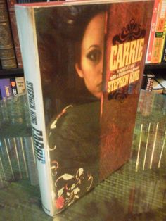 Carrie - 1st Edition, 3rd Printing Carrie - Stephen King (3rd Printing, 1974, Hardcover)