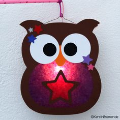 Eulen Laterne Bastelanleitung mit Bastelvorlage ♥ von kerstinbremer.de. So cute! Owl lantern ♥ #diy #basteln #eulenliebe