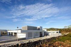 SMS Arquitectos > Nursery and primary school