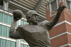 Bronze of the great Baltimore Colt Johnny Unitas near the north entrance of Ravens Stadium in Baltimore, MD.