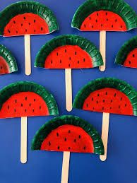 Here are some fun wine cork crafts for kids to make! They are easy and cheap art projects to do! Kids Crafts, Summer Crafts For Kids, Daycare Crafts, Toddler Crafts, Spring Crafts, Art For Kids, Arts And Crafts, Summer Crafts For Preschoolers, Watermelon Crafts