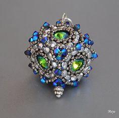 Beaded Bead - Maya Pearls: fleur de Cube