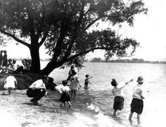 Belle Isle beach, 1935 - Detroit News archives.