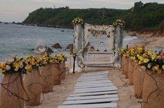 Rustic beach wedding - ceremony #beachwedding