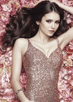 Normally i wouldnt agree but sorry she just looks so much like Victoria Justice- they could be flippin twins!