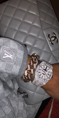 It Girl Accessories - Adore this wrist candy and Gray Chanel Bag - Badass Aesthetic, Boujee Aesthetic, Bad Girl Aesthetic, Aesthetic Collage, Aesthetic Pictures, Fille Gangsta, Gangsta Girl, Accesorios Casual, Bad And Boujee