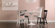 KLASSISK HVIT 9918 Farge Interiør | Jotun.no Lamp Inspiration, Kitchen Lamps, Kidsroom, Dusty Pink, New Homes, Diy And Crafts, Dining Table, Colours, Flooring