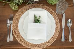 Thanksgiving Series Part 1: A Dressed Up Table Setting