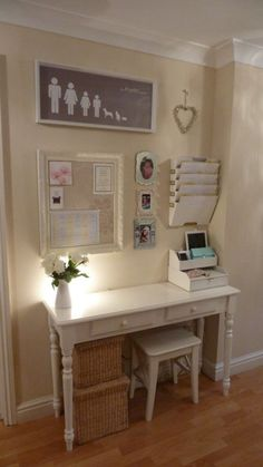 Tuck a narrow desk,