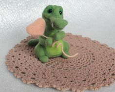 Crocodile felt crocodile wool figure crocodile felt